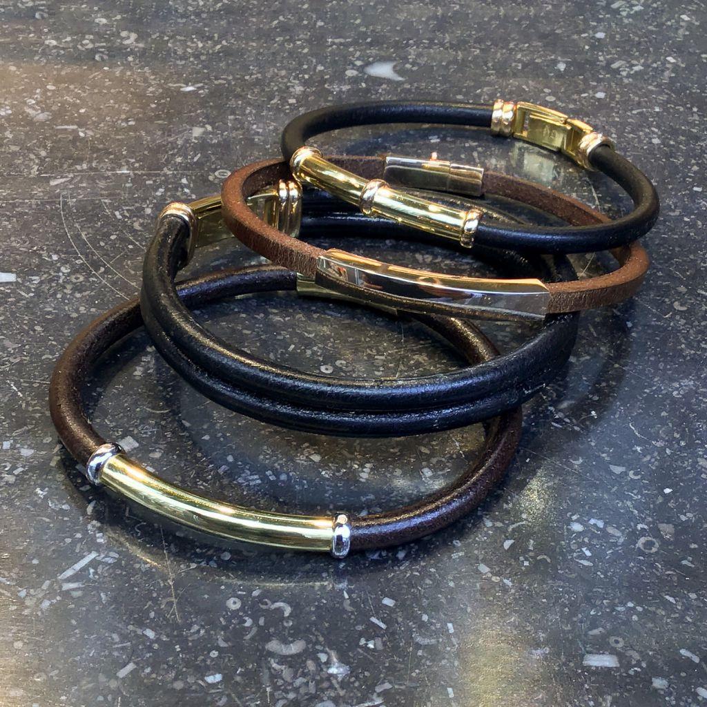 Bracelets en cuir et détails en or mixtes ou pour homme