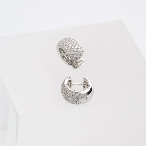 boucles d'oreilles hulchi belluni or blanc diamants pavé