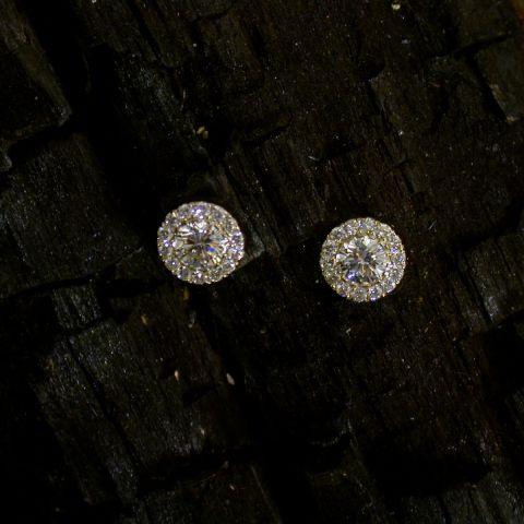 boucles d'oreilles création david mann or diamant central entourage diamants
