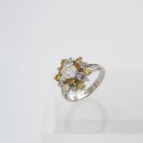 bague création david mann or blanc forme fleur pierres couleur