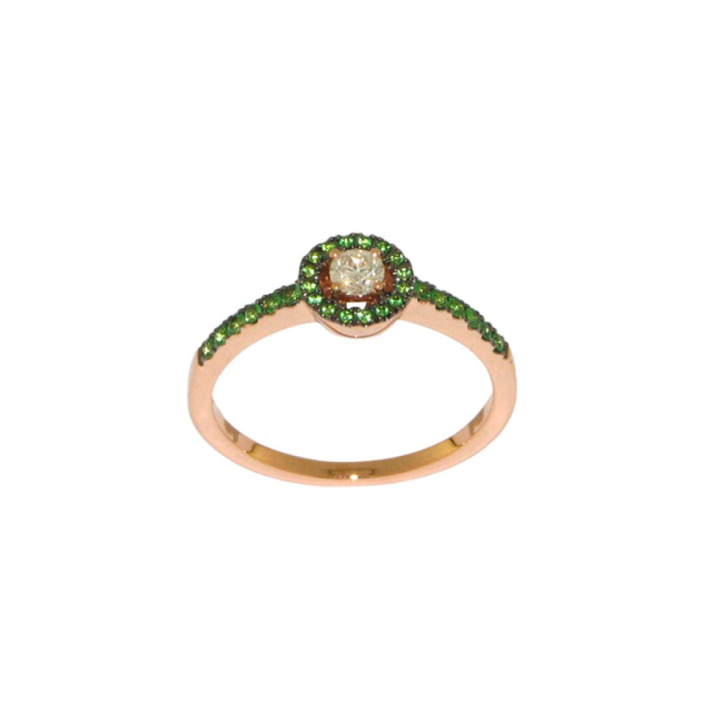 Bague entourage tsavorites, diamant central et or rose